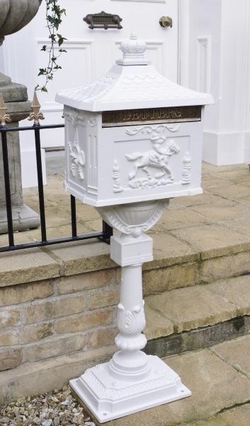 postilaatikko 230€