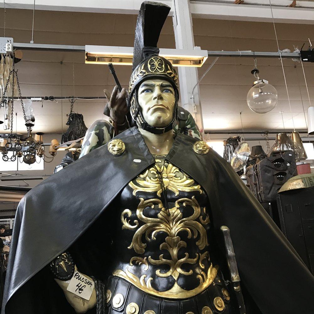Roomalainen patsas 1450€