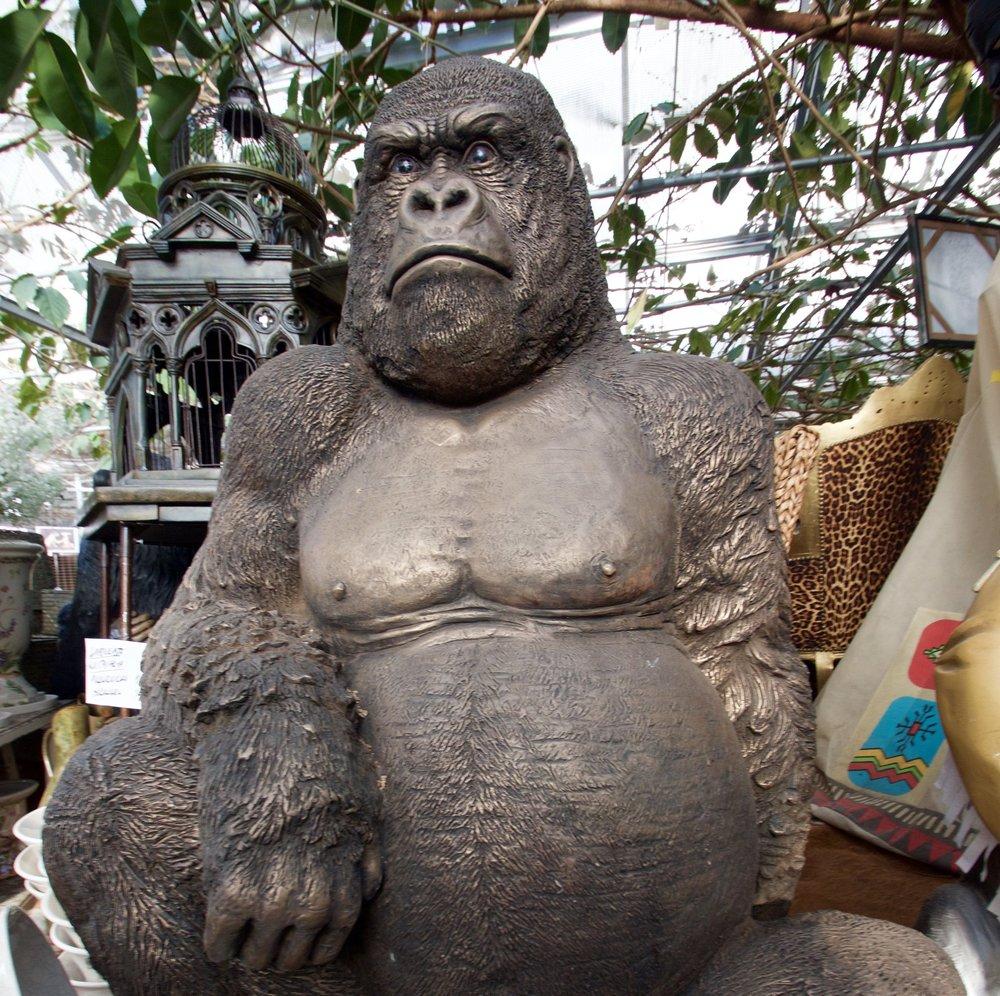Gorilla patsas 1100€