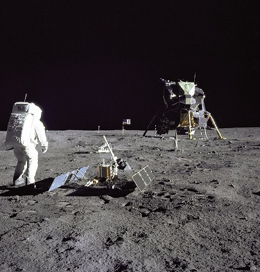 NASA_Moon_Adstronaut_Lunar Dust Detector_LR.jpg