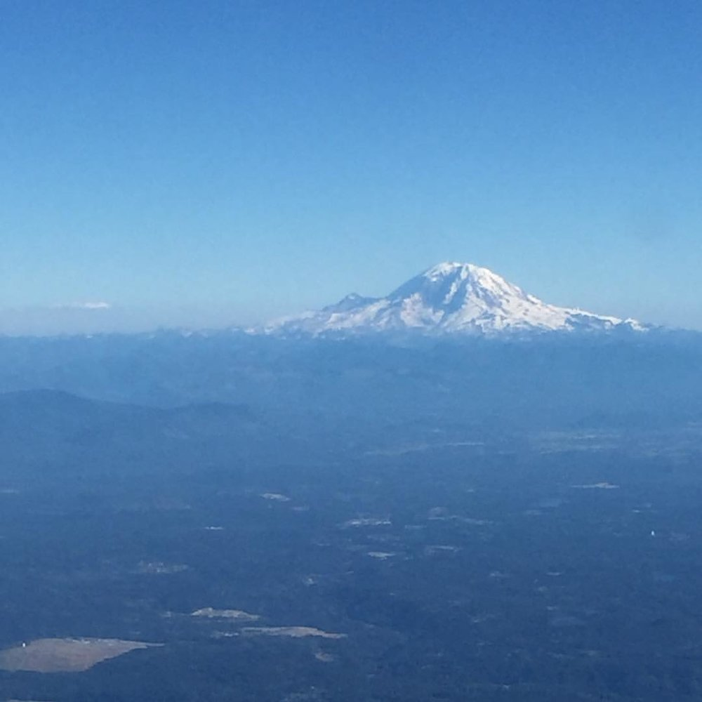 THE VIEW OF MT. RAINIER FROM MY FLIGHt