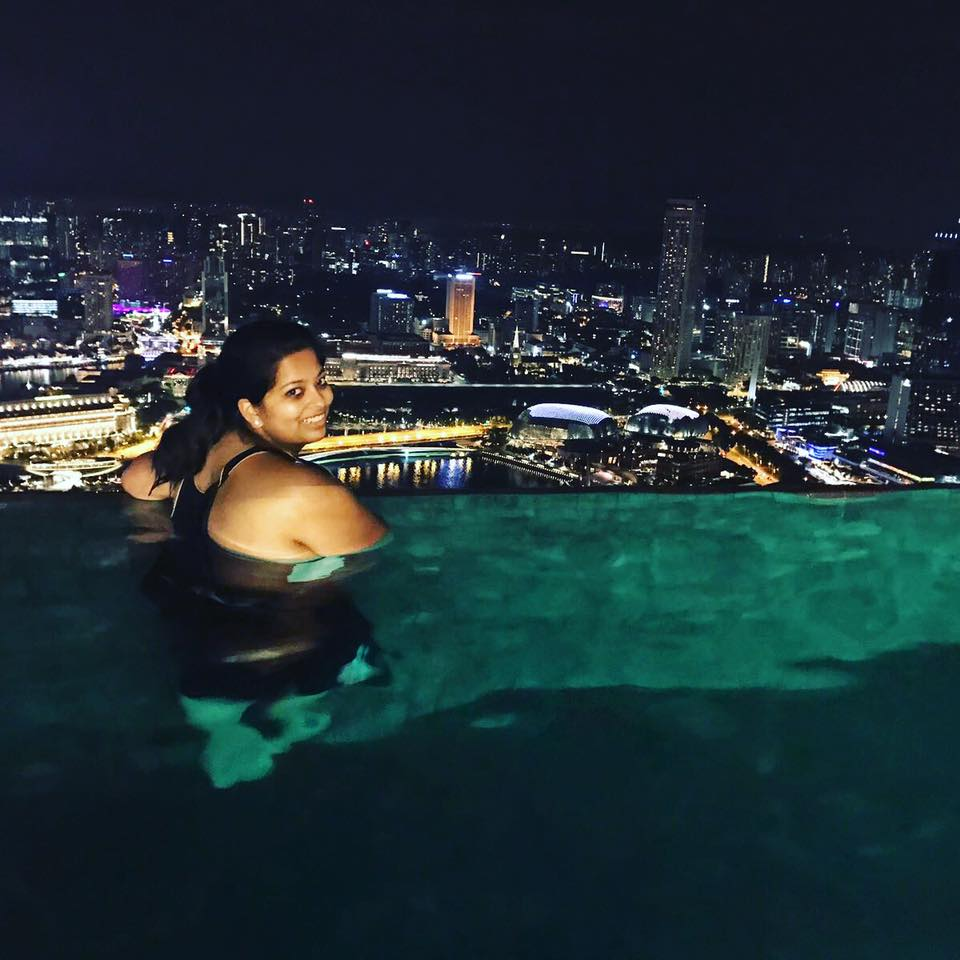 THAT ONE TIME I WENT SWIMMING IN AN INFINITY POOL (INSTAGRAM: @MILGOS)