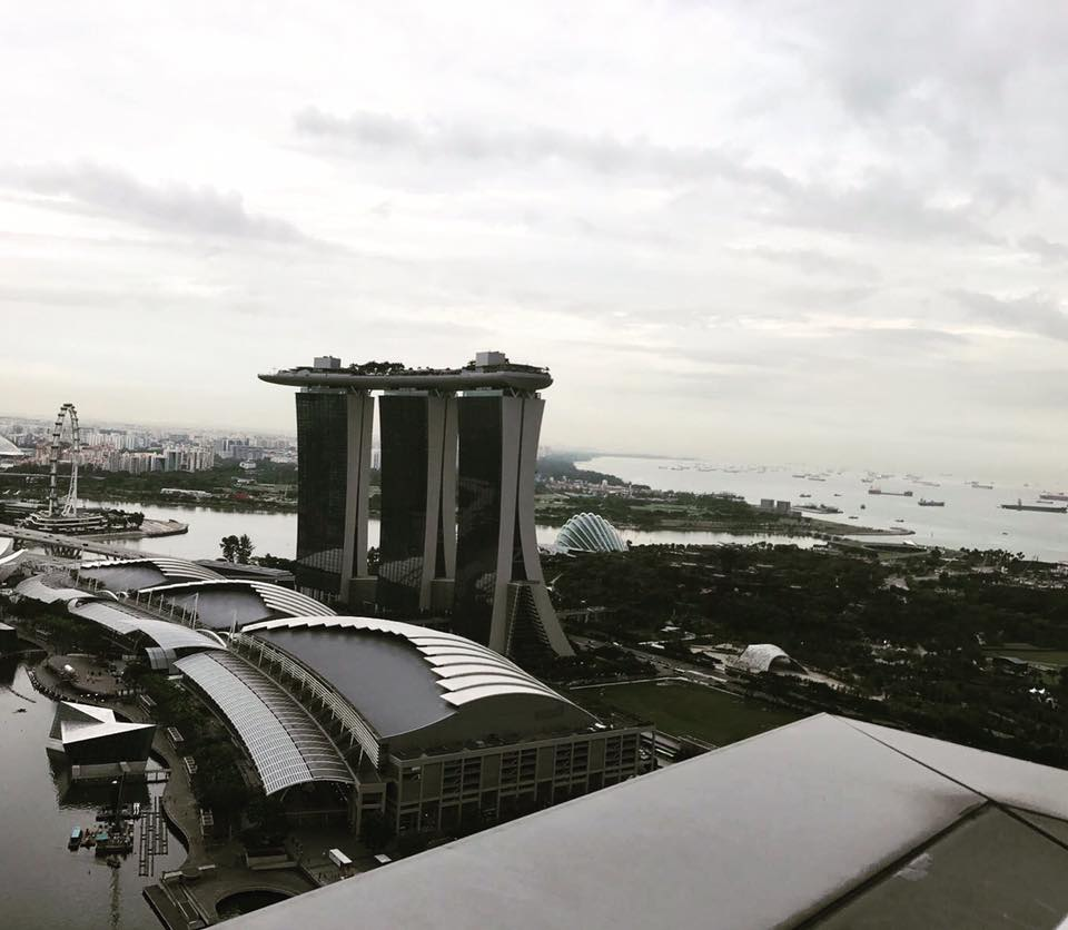 MARINA BAY SANDS FROM LEVEL 33 R