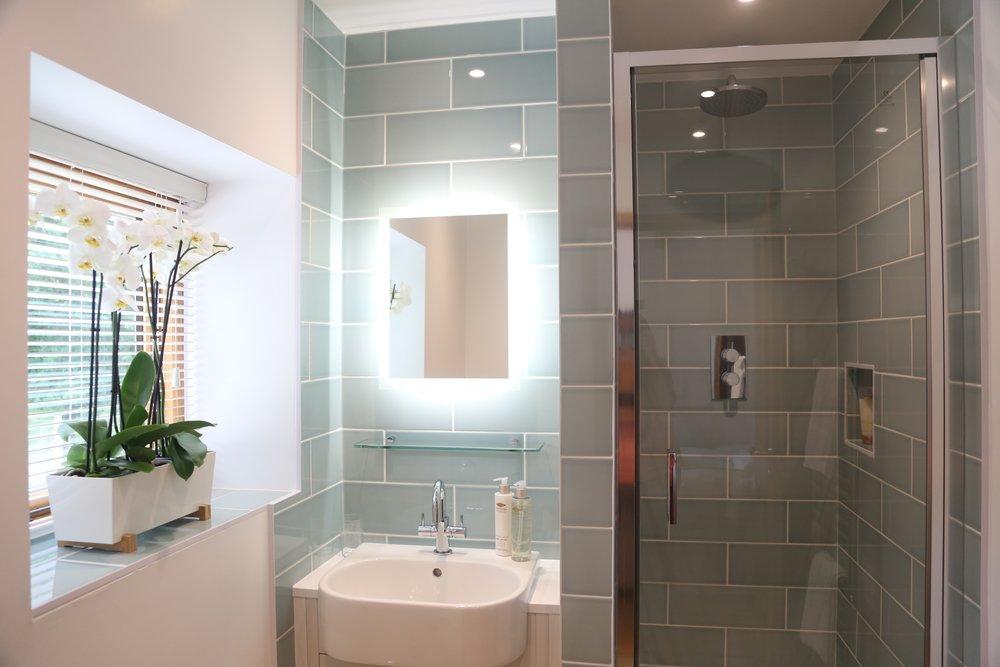bathroom with window.jpg