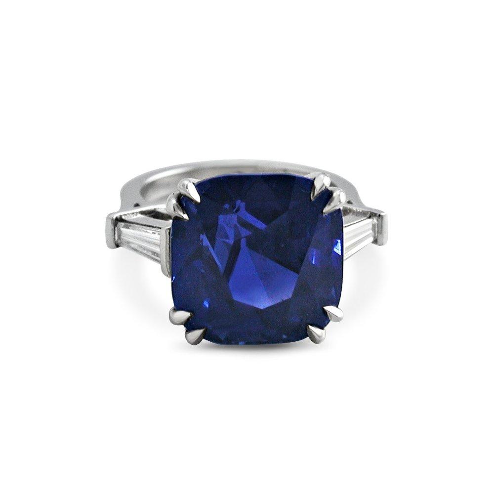 cad-man-jewellery-sapphire-stone.jpg