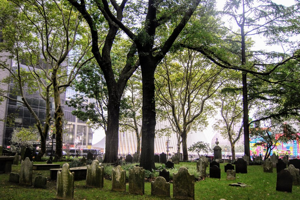 The peaceful graveyard of St. Paul's.