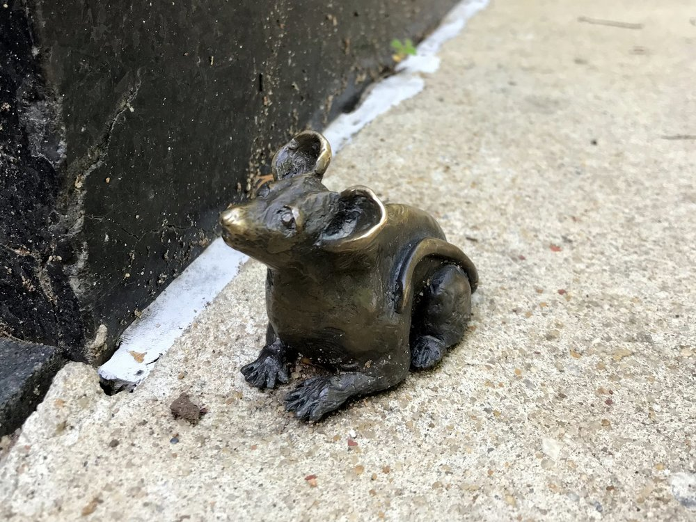 bronze-mouse.JPG