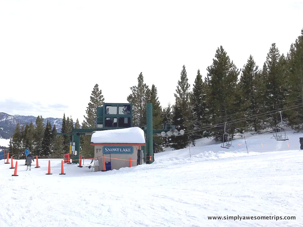 Snowflake chairlift to the short and easy Hickey's Hollow