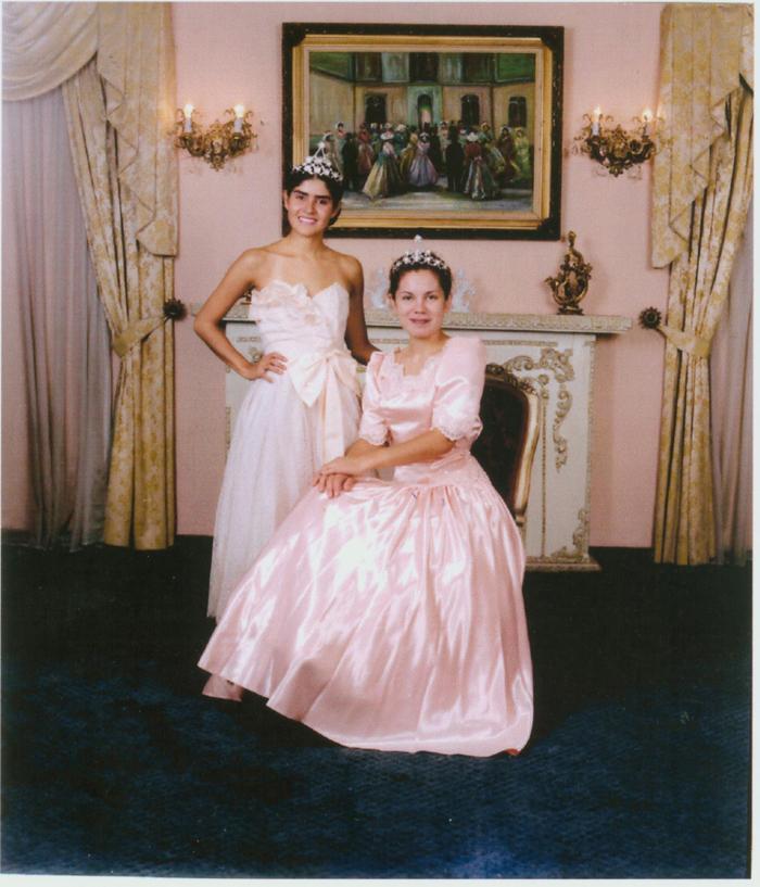Gina y Marcela.jpg