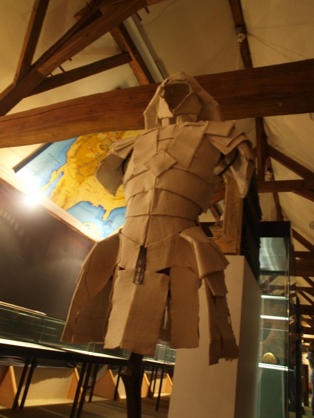 Asil's armor (7).JPG
