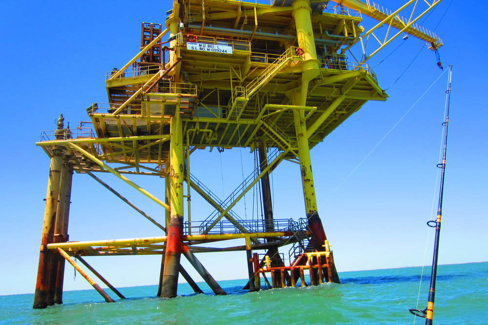 Offshore platform fishing
