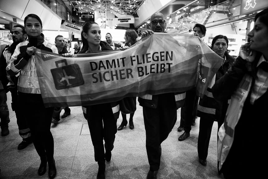 Warnstreik am Flughafen Tegel in Berlin