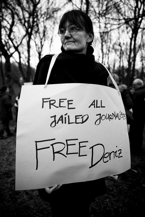Kundgebung für inhaftieren Deniz Yücel vor türkischer Botscha