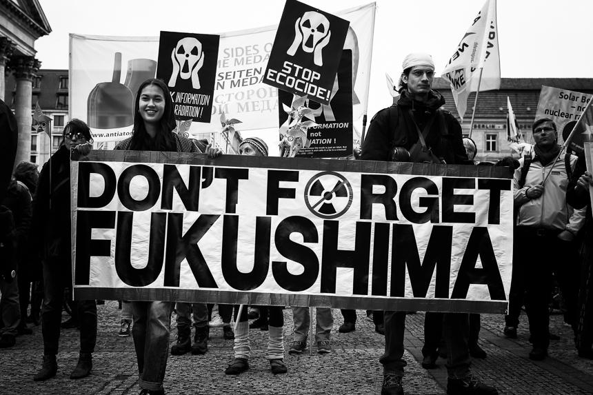 Hunderte erinnern in Berlin an den Reaktorunfall in Fukushima