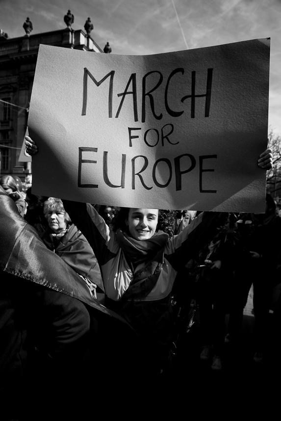 Tausende demonstrieren in Berlin für die Europäische Union und