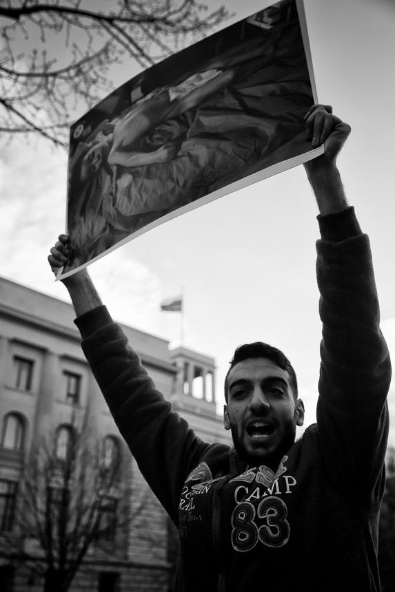 Syrer protestieren vor russischer Botschaft in Berlin gegen Gift