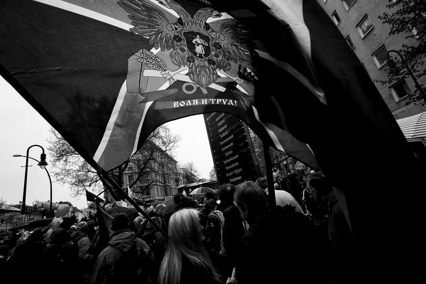Hunderte bei Ostermarsch in Berlin