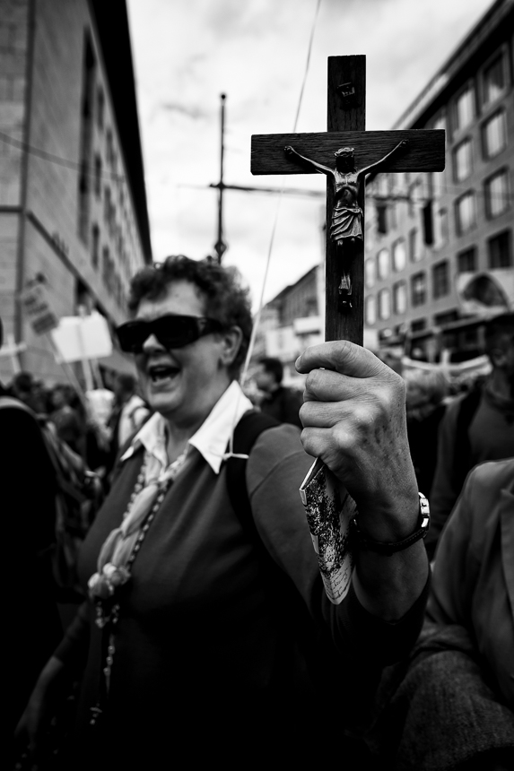 """Tausende beim """"Marsch für das Leben"""" in Berlin begleitet von Ge"""