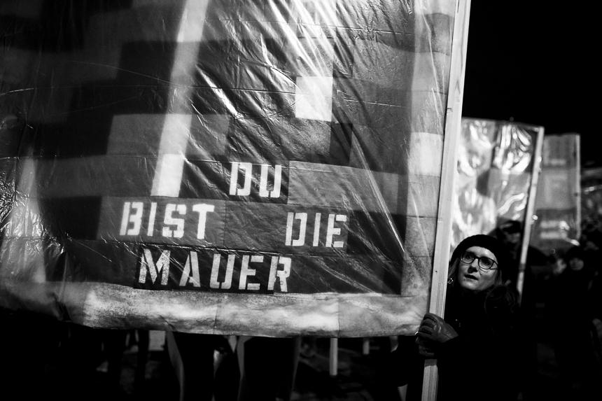 """Feministische """"Suffragette City"""" Prozession in Berlin"""