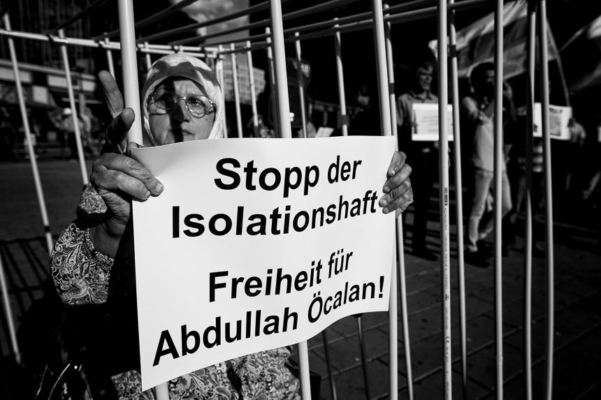 Kurden protestieren in Berlin für Freilassung Öcalans