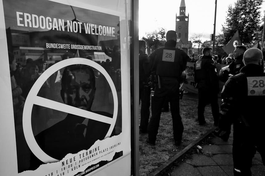 """Demonstration gegen den Besuch von Erdogan """"Erdogan not Welcome"""""""