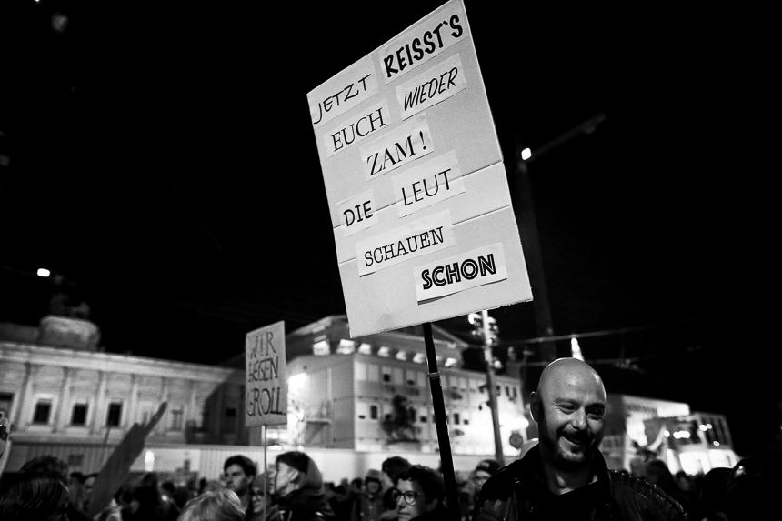 Donnerstagsdemo in Wien gegen rechte Bundesregierung