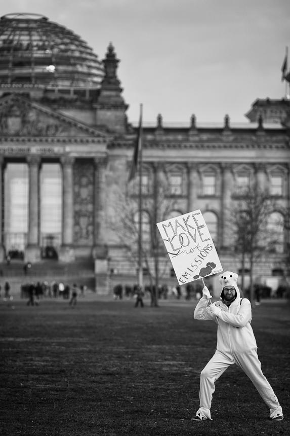 """Klima-Kohle-Demo """"Kohle stoppen - Klimaschutz jetzt!"""" in Berlin"""