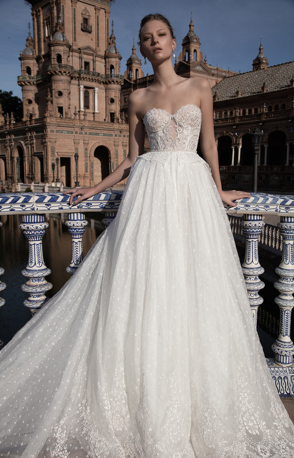 LIVNÉ WHITE -ANASTASIA WEDDING DRESS — Alon Livné