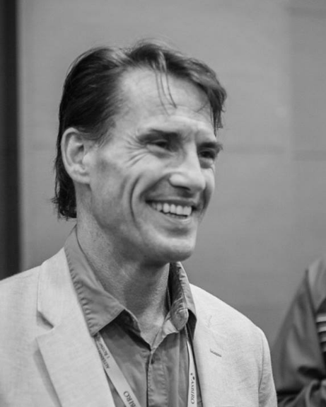 Tom W. Bell, US