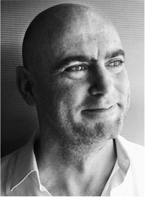 Simon Nummy, UAE