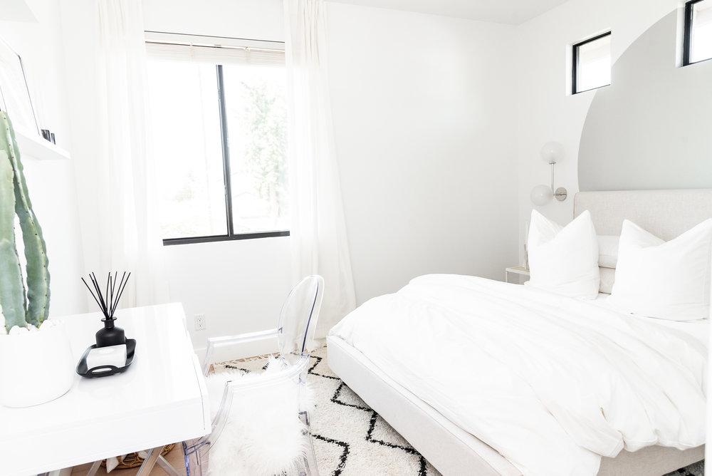 Guest Room-3.jpg