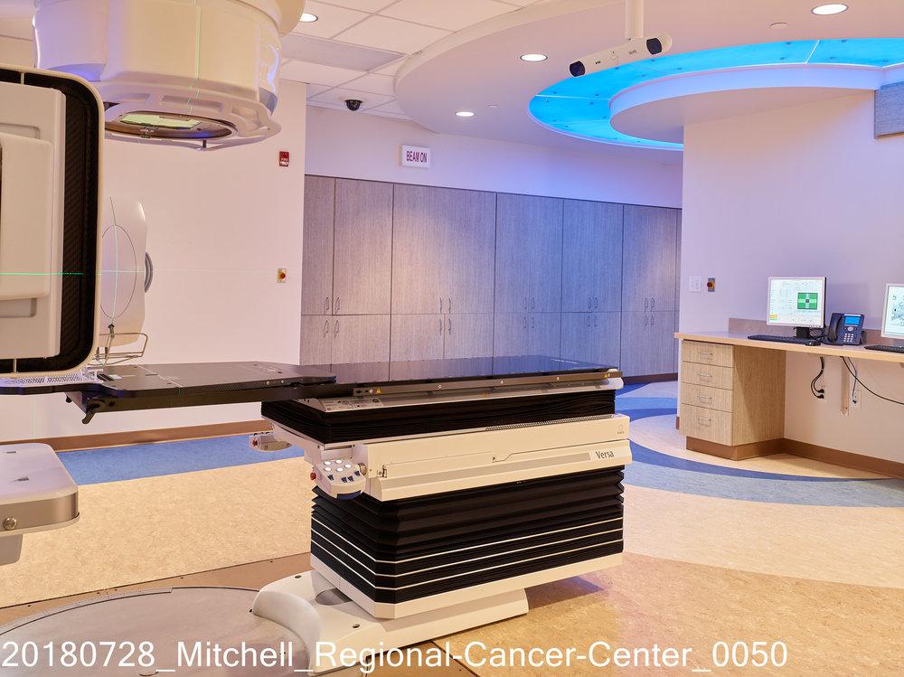 20180728_Mitchell_Regional-Cancer-Center_0050.jpg