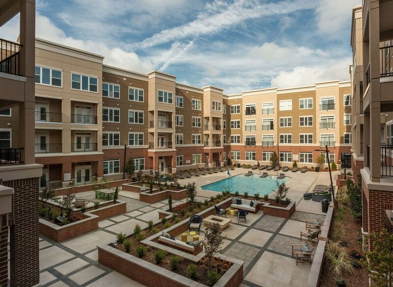 Lofts at Charleston Row - Phase 2 - 4 Story - Retail and Apartments - 132 Units - 130,000 Square Feet - Completed 2016