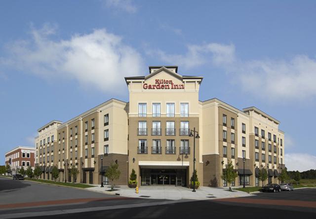 Hilton Garden Inn - Ayrsley - 120 Rooms - 84,000 Square Feet - Completed 2010
