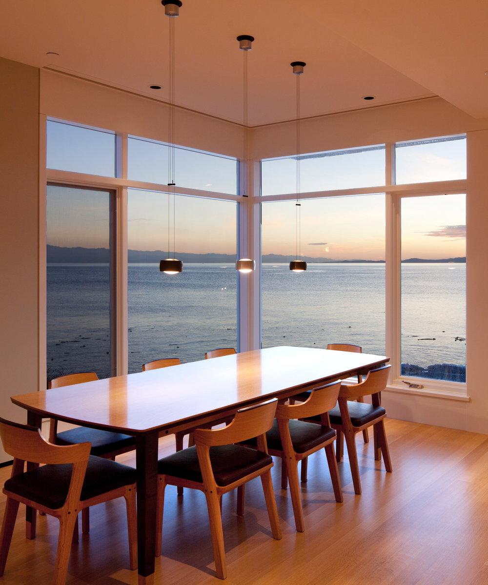 6. Dining Room.jpg