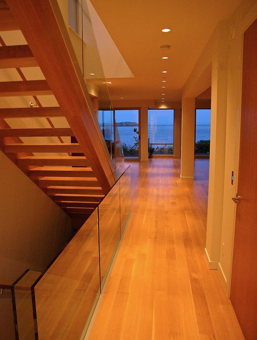 2. Hallway.jpg
