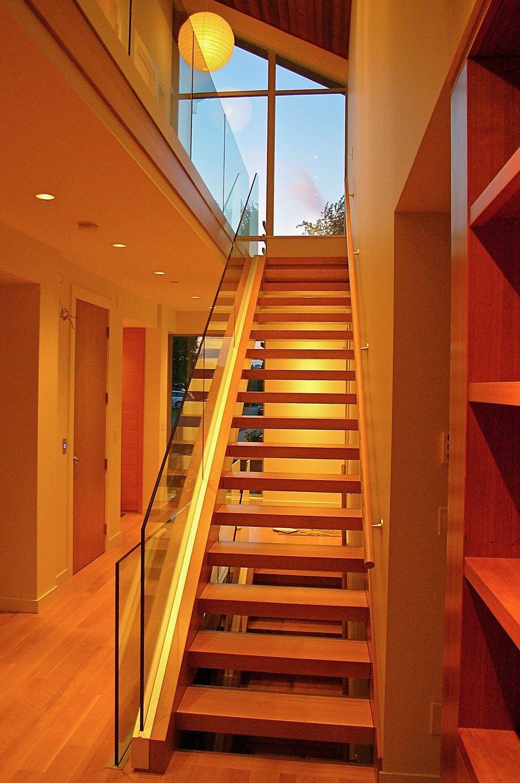 3. Stairs up.jpg