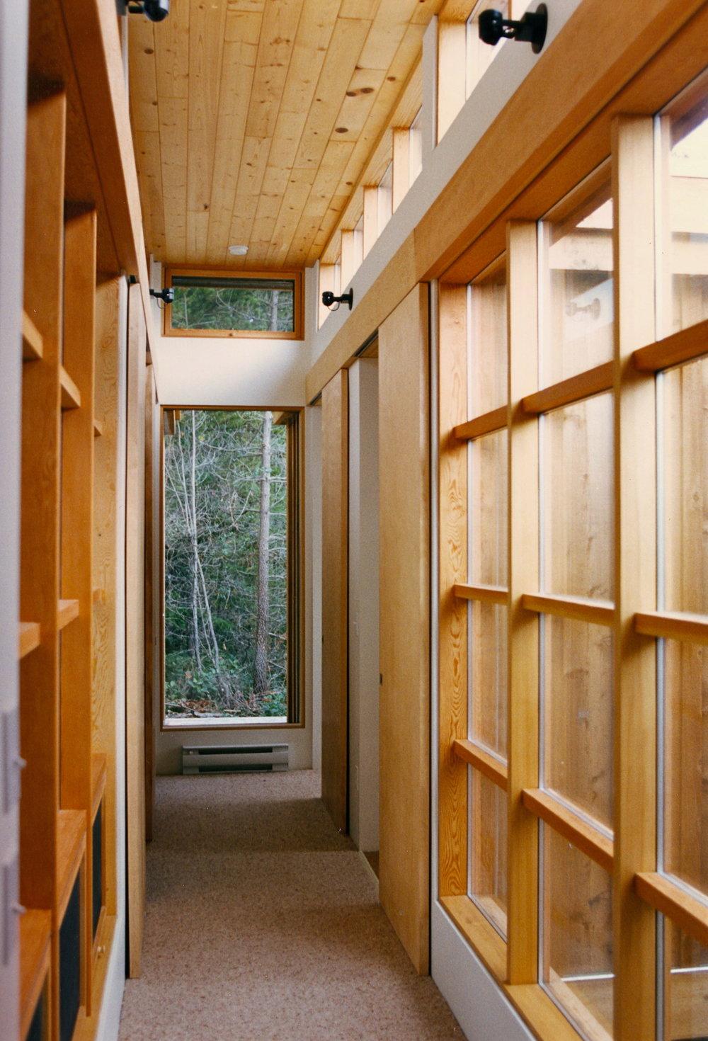 3. Hallway east.jpg