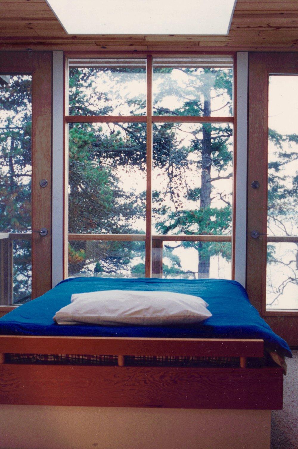4. Bedroom.jpg