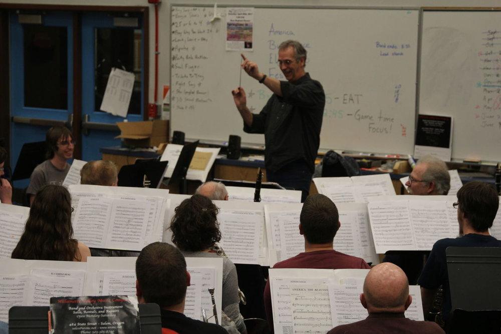 Rob Izzett leads rehearsal