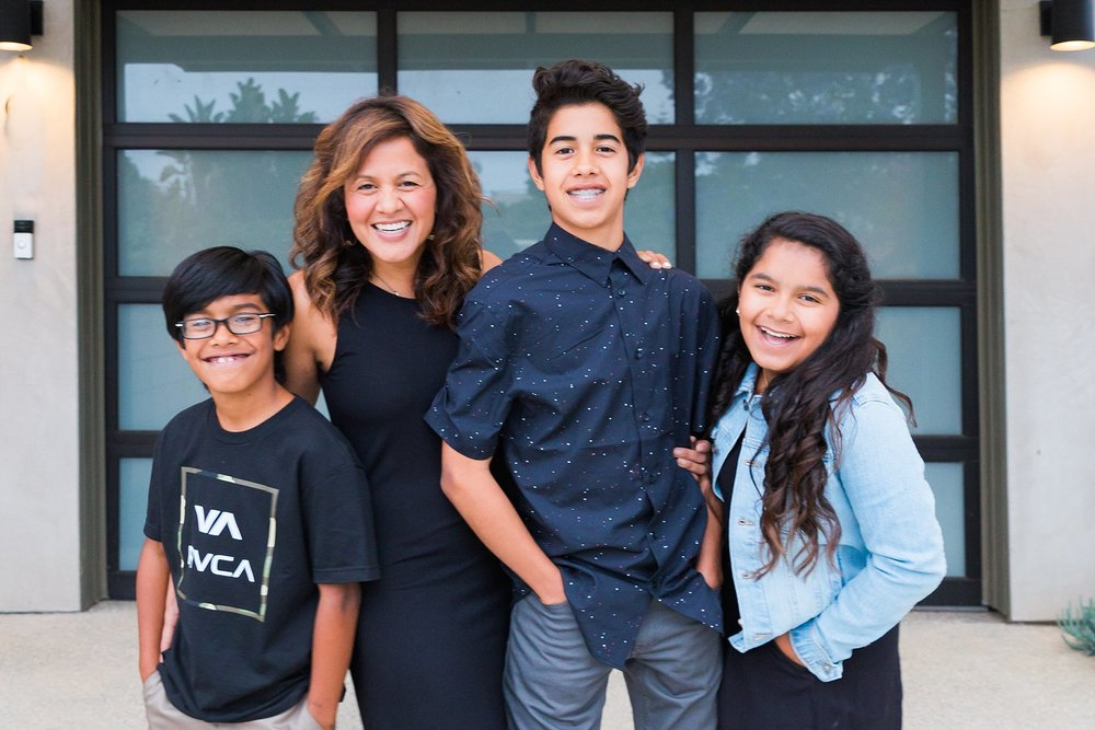 echeverriafamily_jaxconnolly.com_FB-1.jpg