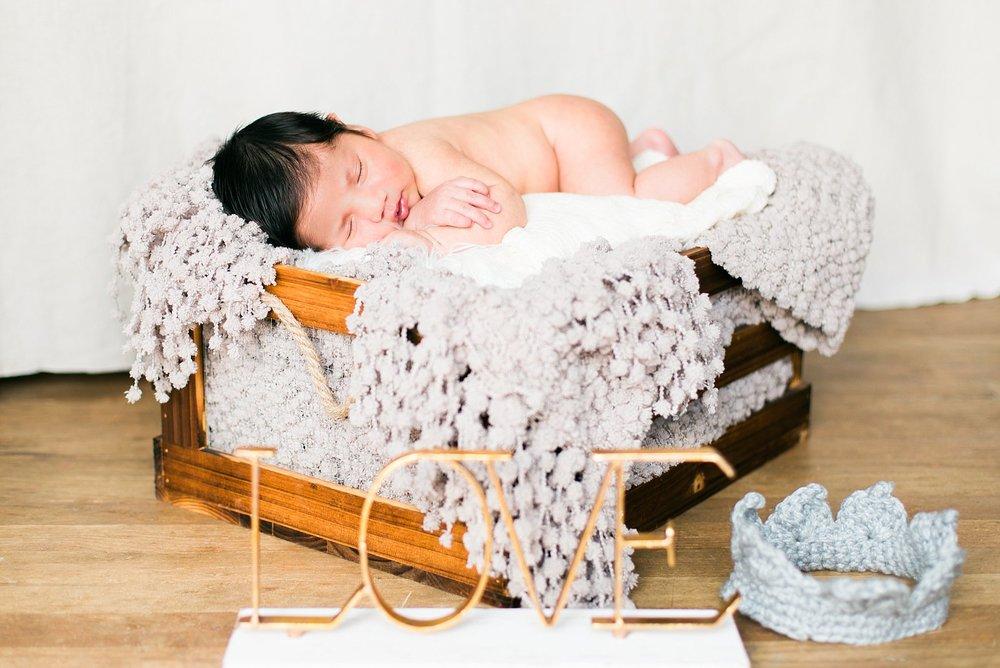 babyxaviernewbornphoto_jaxconnolly.com_FB-5.jpg