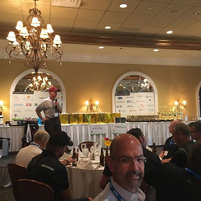 Where IT leaders connect ! Great day at White Eagle golf club with hundreds of IT leaders @sim_chicago @icstarschicago