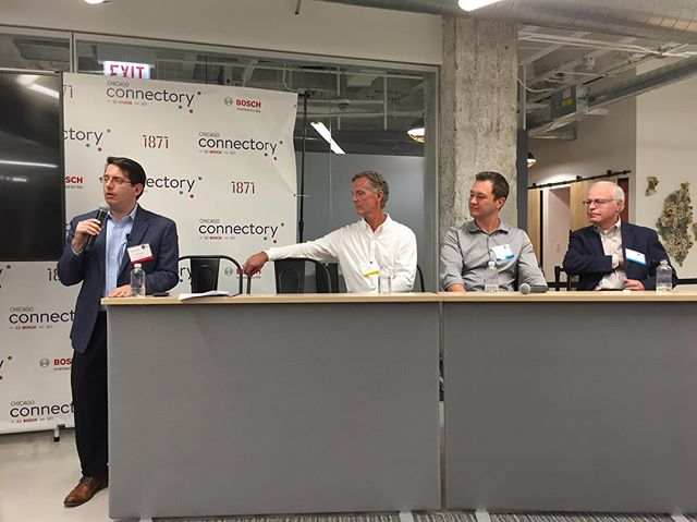 The big I and little i of innovation #simchicago insightful evening of #innovation this week.  Panelist leaders from #cdw #bosch #allstate #daistechnology.  Moderated by @practicallydgtl