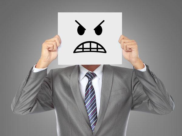 https://www.boldsky.com/img/2012/08/20-boss-angry-200812.jpg