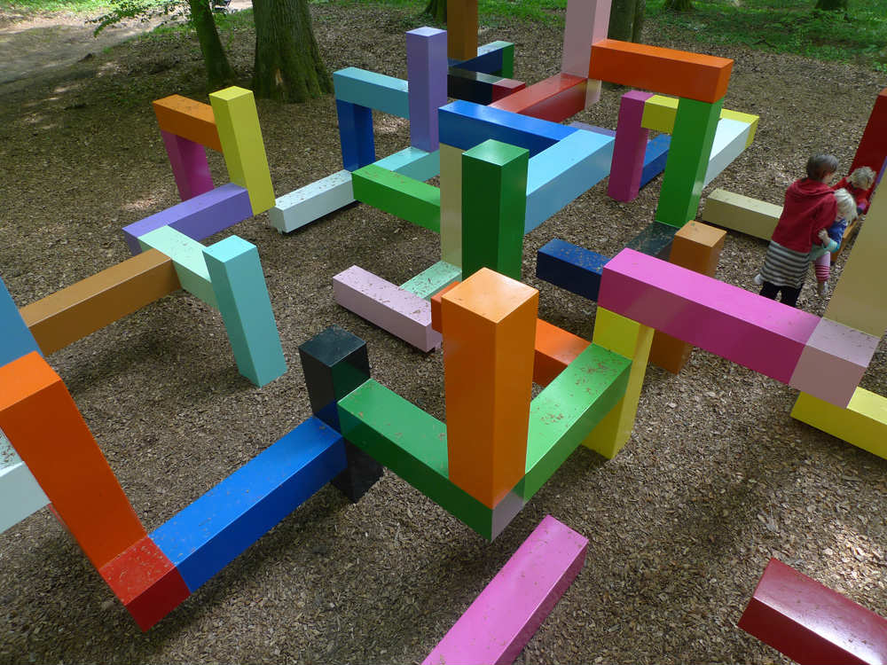 https://www.tinyme.com/blog/10-ridiculously-cool-playgrounds-part-2/