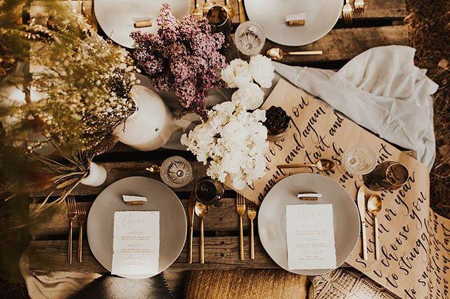 A table setting fit for Lilac Fest 💜 Tap for vendors. . . . #calgaryweddingvendors #yycstylist #calgarywedlist #calgaryweddinglist #yycweddingdecor #calgaryengagement #calgarybridalguide #calgarybridal #yycbride #calgarybride #yycstationery #yycphotographer #yycflorist #yycweddingstylist #yycweddingvendor #calgaryweddingvendors #boholove #weddecor #weddingstyle #weddingstyleinspiration #calgaryintimatewedding #yyc #403 #calgary #belovedweddings