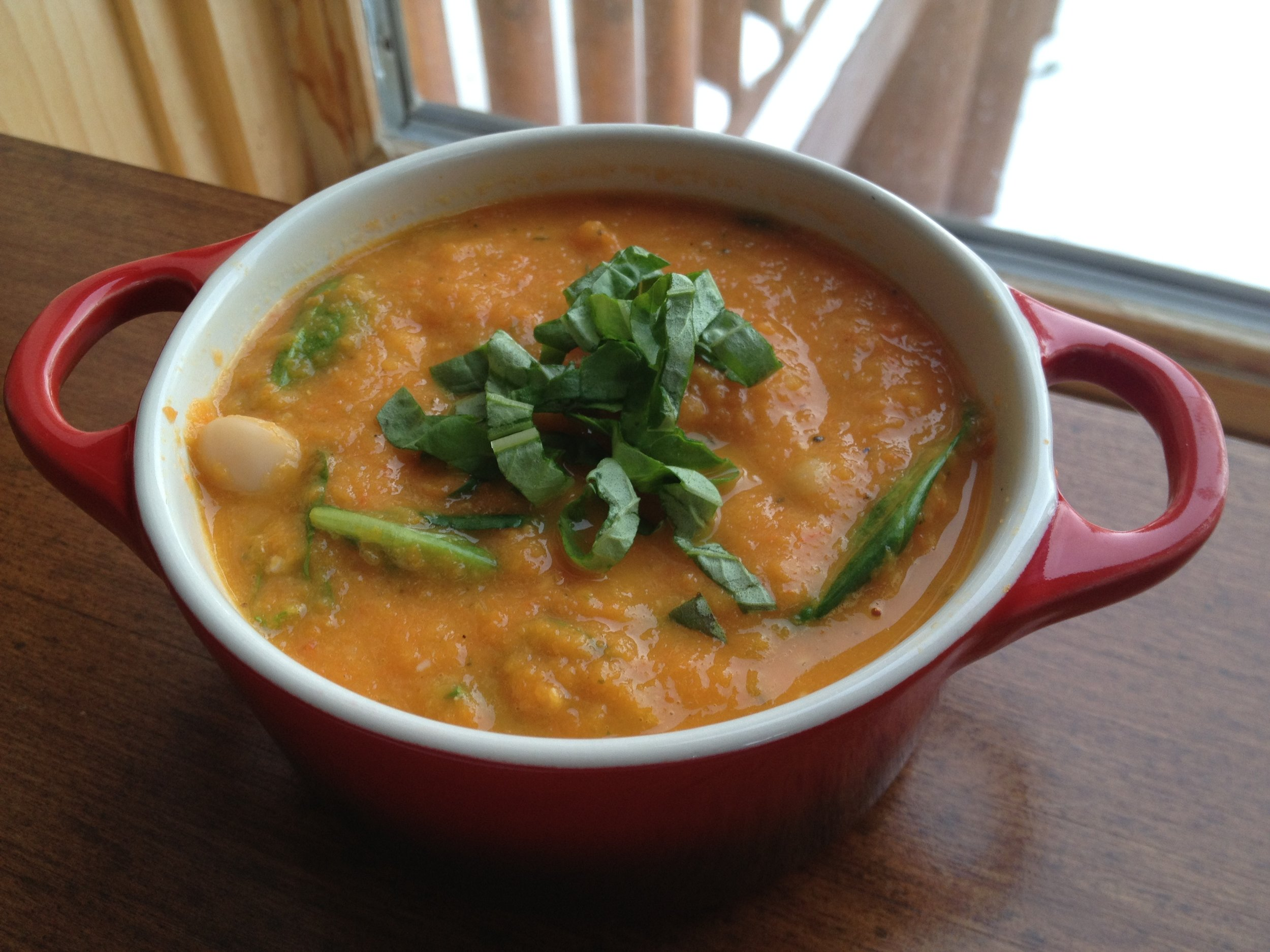 Roasted Tomato Soup with Spinach, White Beans & Fresh Basil