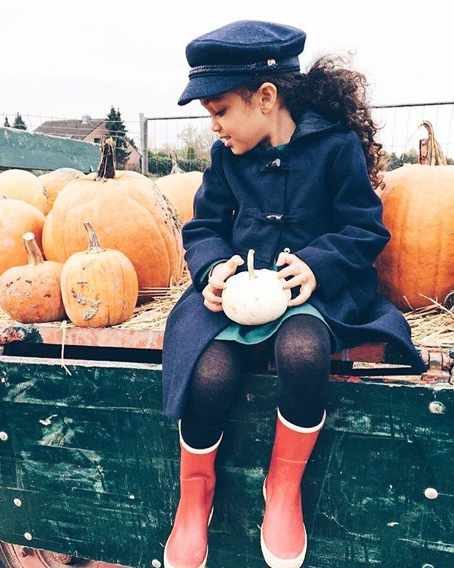 Happy Halloween 👻! #halloween🎃 #halloween2018 #thetinyrules #blogger #bloggerstyle #sharewithnext