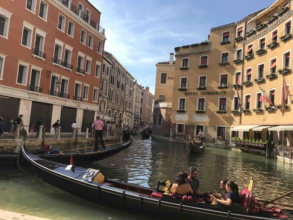 VeniceLocalStreetIMG_4358.jpg